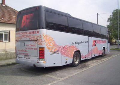 Corner GR - busz reklámfeliratozás